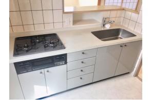 浄水器などの機能も充実のキッチン