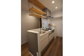 機能充実デザイン性もよいキッチンです